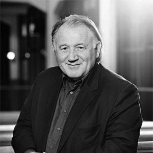 Prof. Dr. hc. Peter Weibel, Chairman, Zentrum für Kunst und Medientechnologie (ZKM)